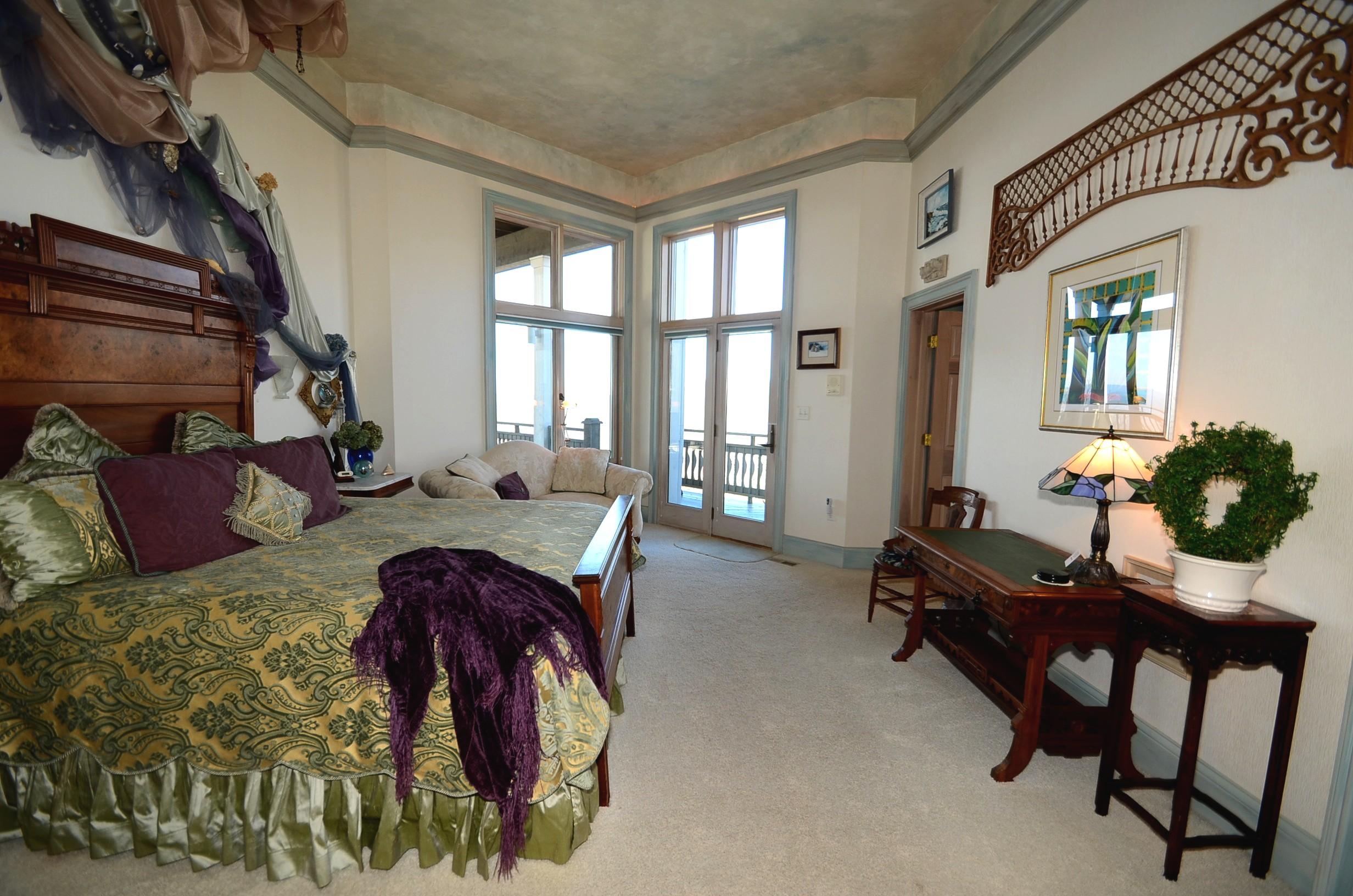 Tremendous Smoky Mountain Bed And Breakfast Near Gatlinburg Tennessee Interior Design Ideas Clesiryabchikinfo